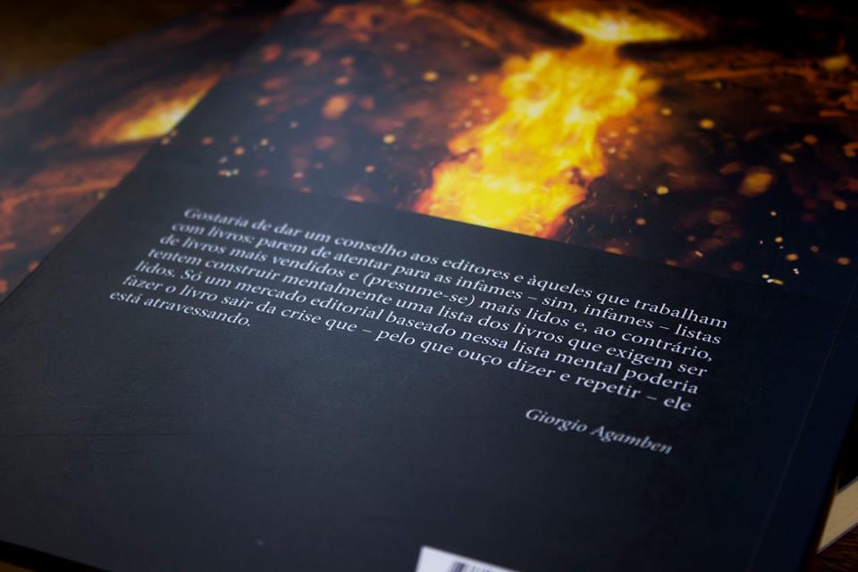 3b6ec20e7c78 O fogo e o relato. Foto; Foto; Foto; Foto; Foto; Foto